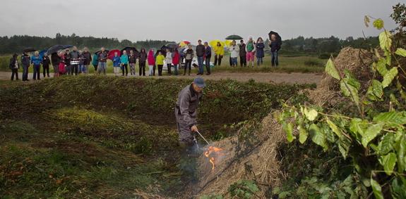 Jens Frede medbragte tændstikker ... Foto: Peter Jessen